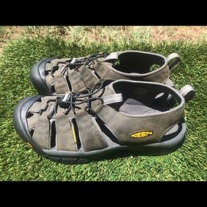 Men's Keen Newport Water Sandal sz 11.5